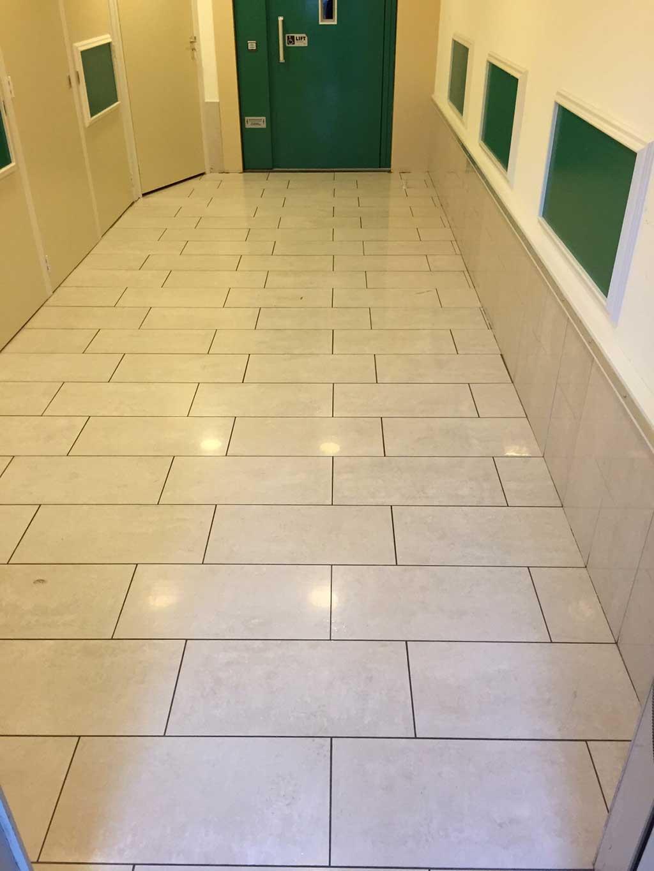 GripFactory TitaniumGrip Anti-Slip - tile floor hallway