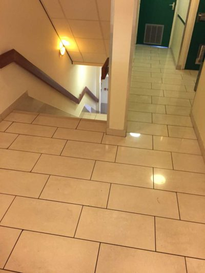 GripFactory TitaniumGrip antislip - tegelvloer trappenhuis